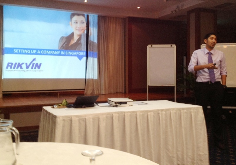 Medtech2012_Pharmatial1