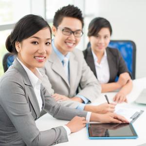 young-singaporean-professionals21
