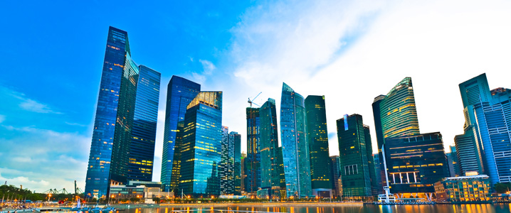 moving-to-Singapore How to Work in Singapore in 8 Steps