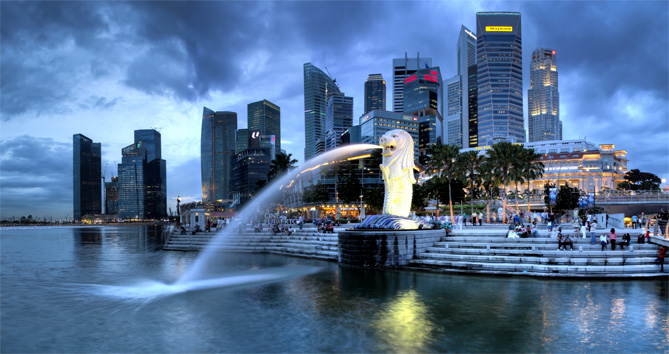 singapore-merlion Singlish, Sun & Skyscrapers – What Expats Can Look Forward to in Singapore